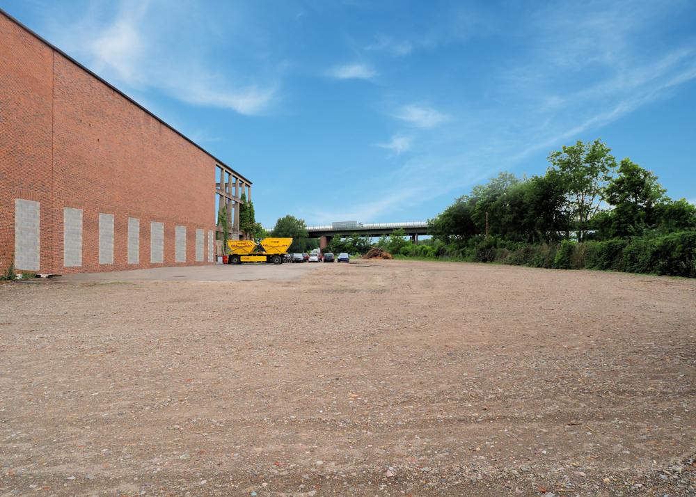 Grundstück ab 2.000 m² nahe der Autobahn für Speditionen oder Lagerung