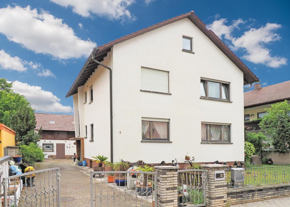Wohnhaus auf 1.000 m² Grundstück mit sehr viel Potential!