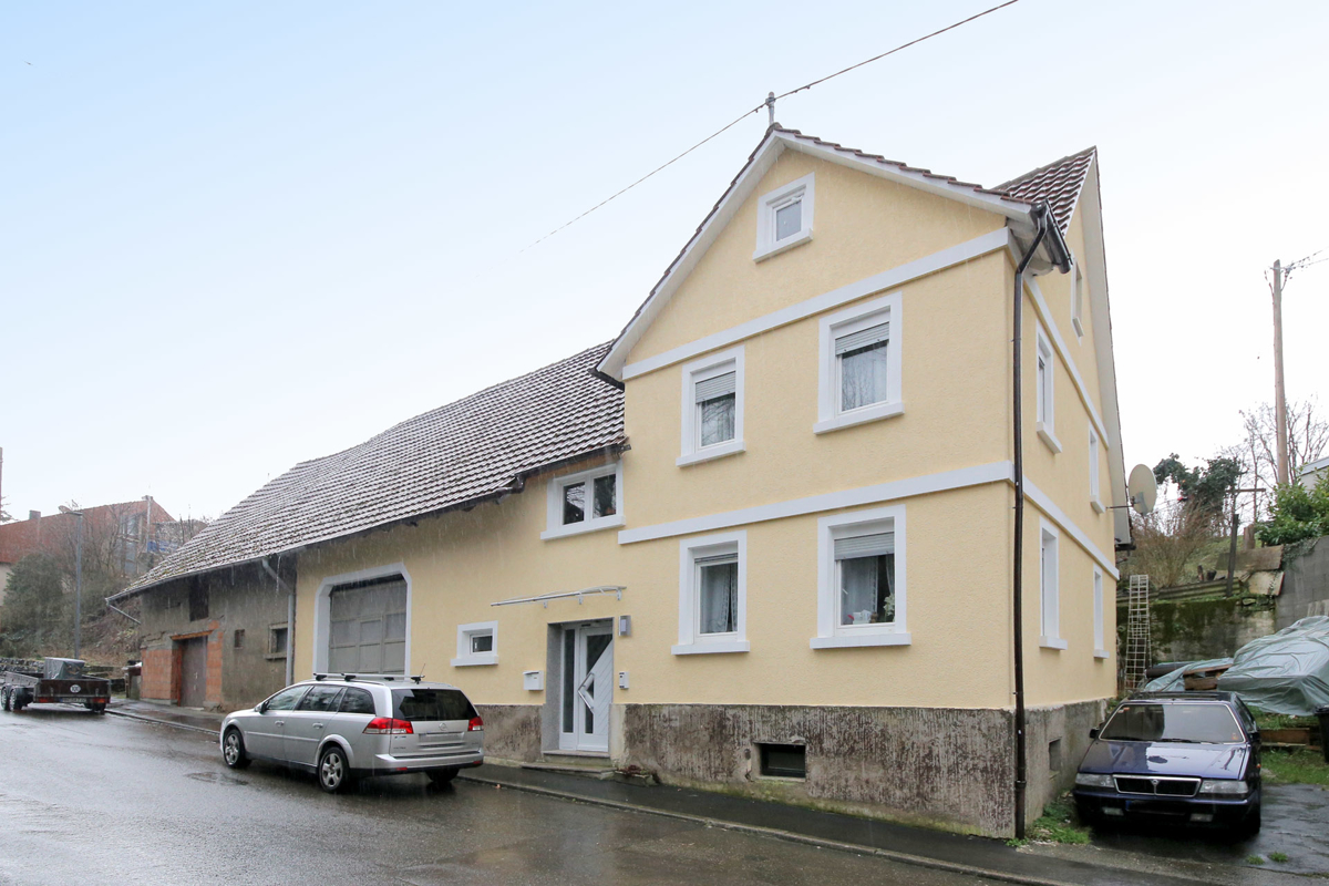 Einfamilienhaus auf großzügigem Grundstück in Schwaigern