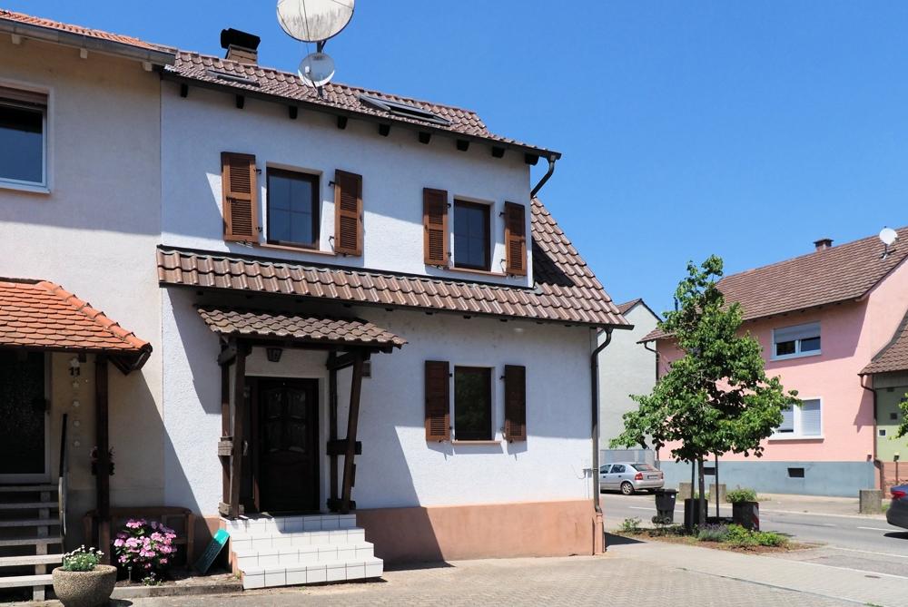 Viel bekommen – wenig bezahlen! Sofort verfügbares Haus in Rußheim