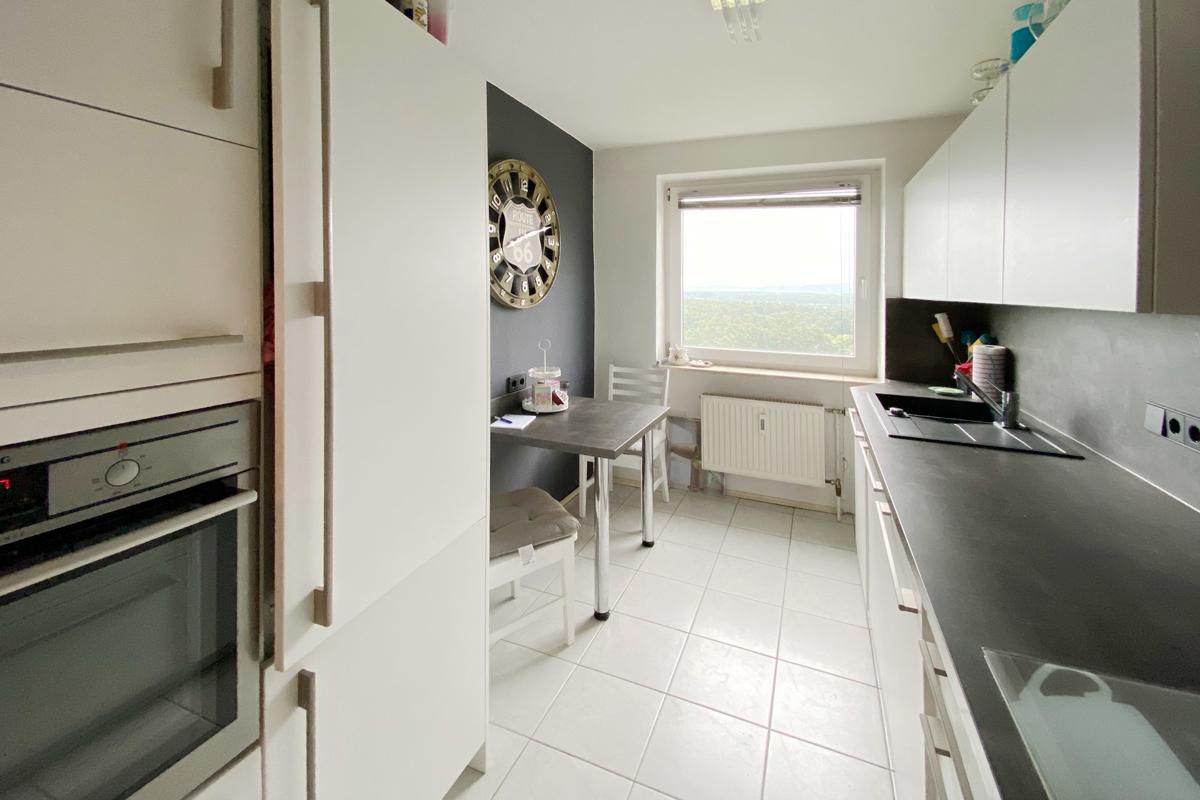 Schöne 3-Zimmer-Wohnung mit Balkon und Garage!