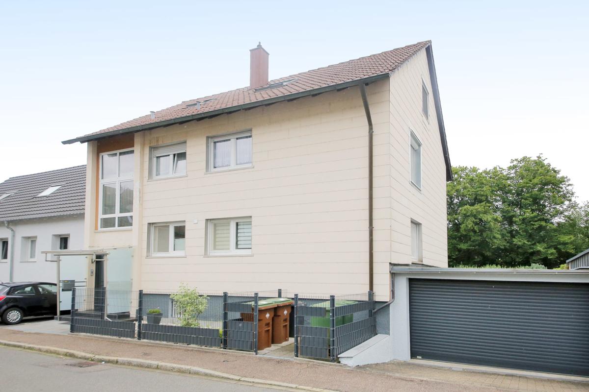 Kapitalanleger aufgepasst! 3-Familienhaus in reizender Lage