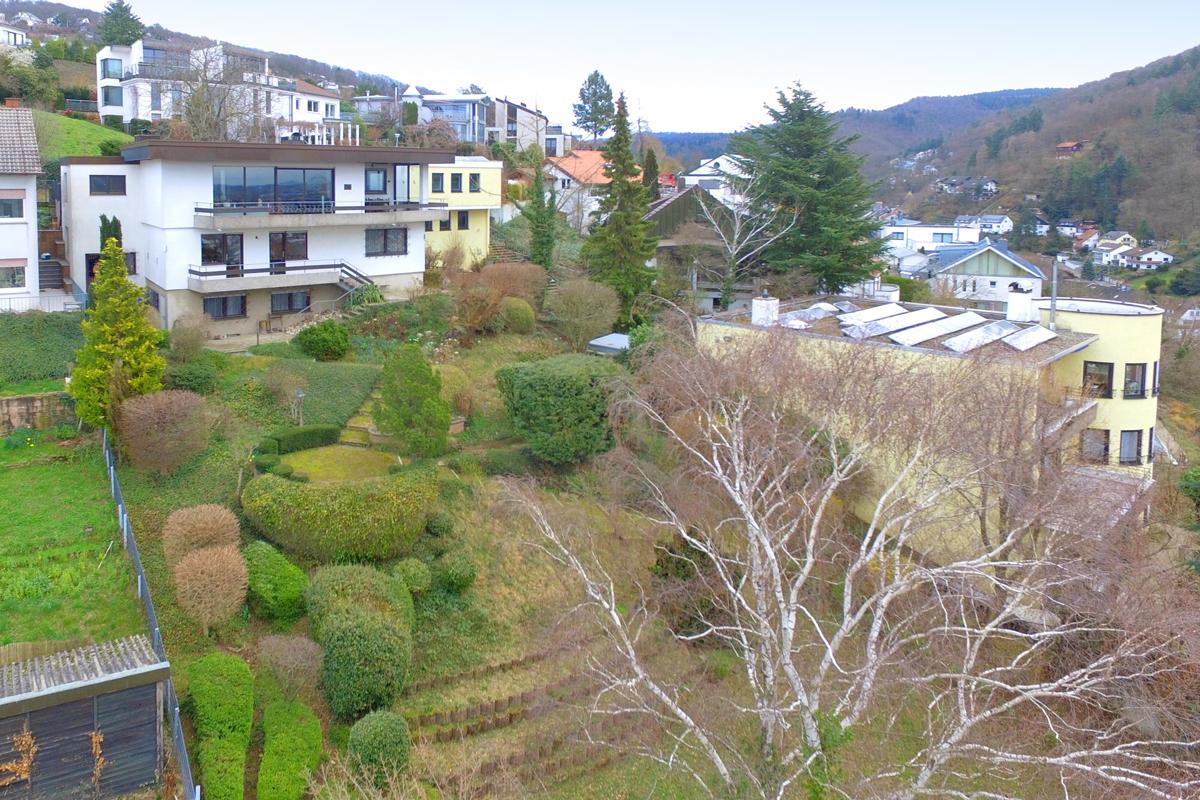 Repräsentatives Einfamilienhaus auf 1700 m² Grundstück mit atemberaube