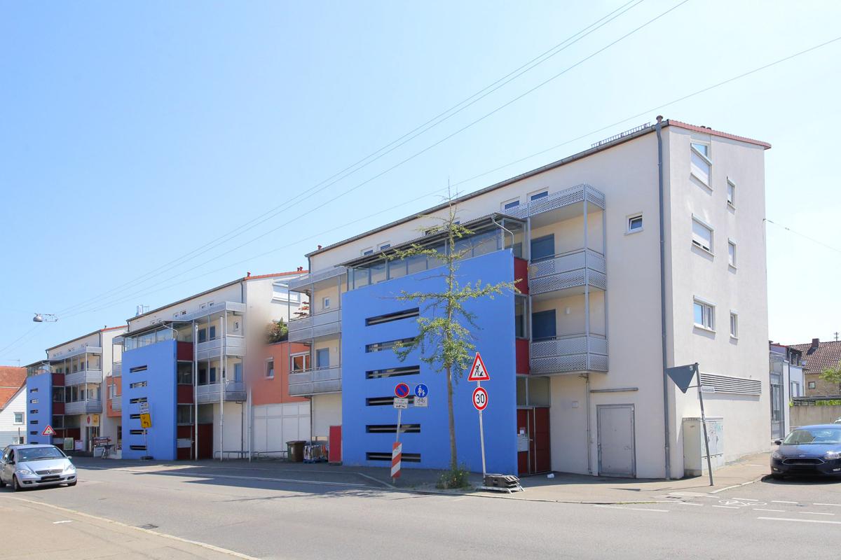 Gepflegte 1-Zimmerwohnung mit Balkon und Tiefgaragenstellplatz