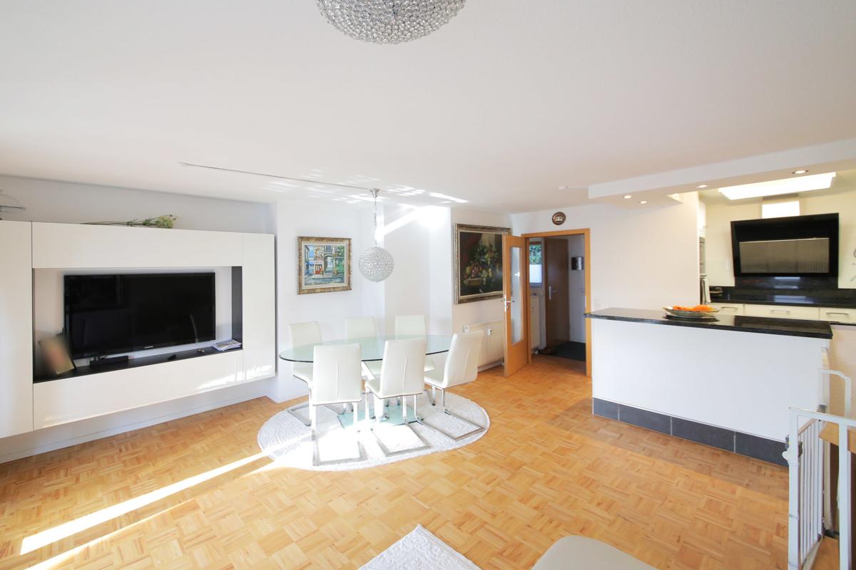 Exklusive 4,5-Zimmer-Wohnung in bevorzugter Wohnlage