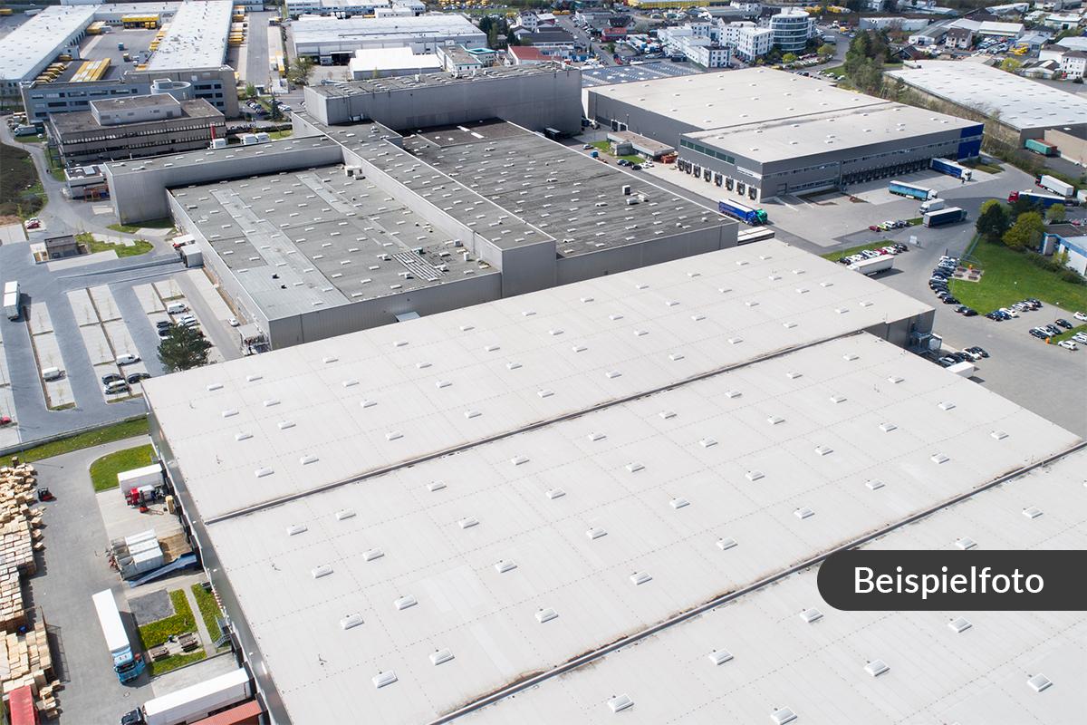 Teilbebautes, ca. 13.000 m² großes Gewerbegrundstück mit Entwicklungsp